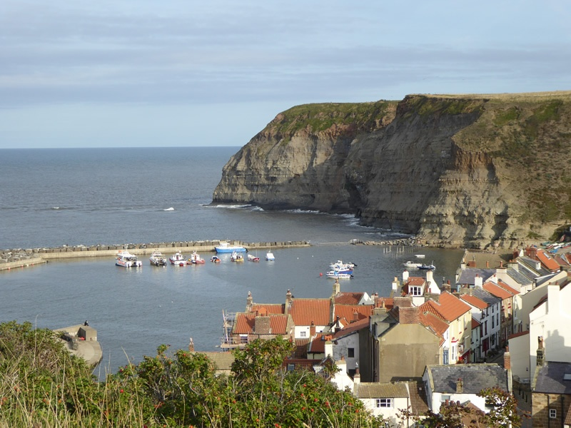 Staithes-view-from-top-of-Cow-Nab